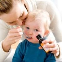 kanalast kapó kisgyermek, gyógyszer