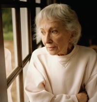 idős nő, petefészekrák