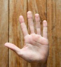 ujjhossz térdízületi ízületi gyulladás